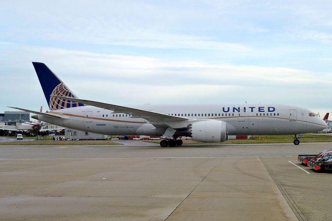 United_Airlines,_Boeing_787-8_Dreamliner,_N26906_-_LHR