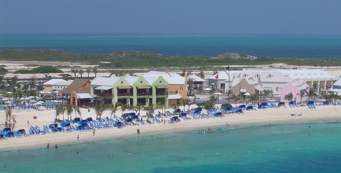 800px-Grand_Turk_beach